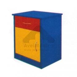Mesa de cabeceira colorida