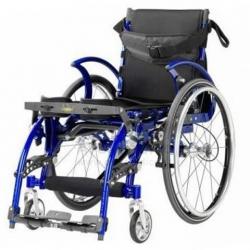 Cadeira pediátrica tracção manual com verticalização